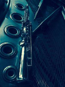 Flute strings
